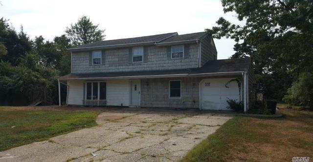 4 Ridge Haven, Ridge, 11961, NY - Photo 1 of 19