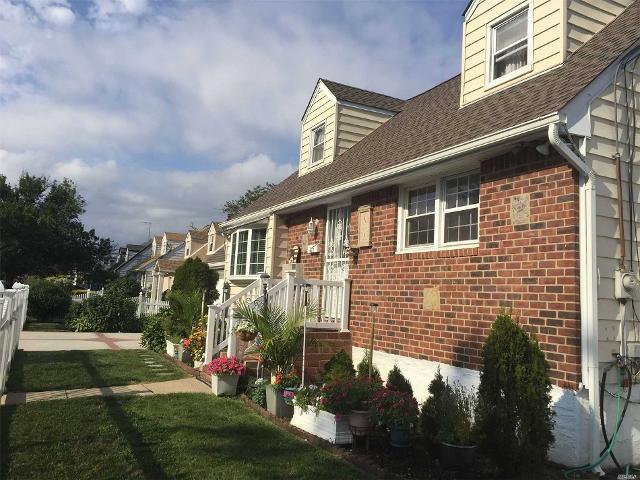 427 Greengrove, Uniondale, 11553, NY - Photo 1 of 18