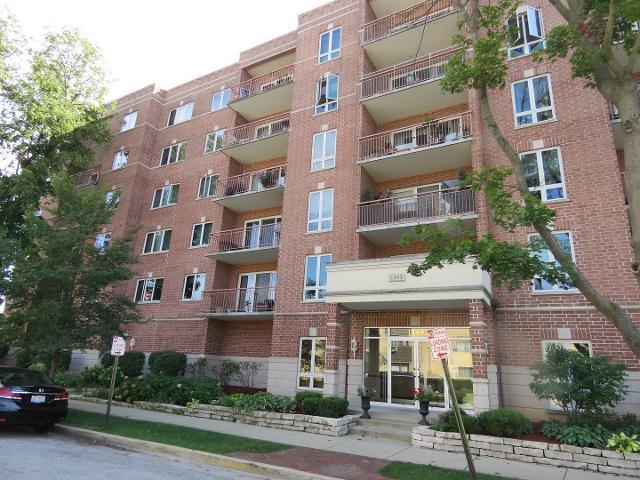 1349 Washington Unit402A, Des Plaines, 60016, IL - Photo 1 of 10