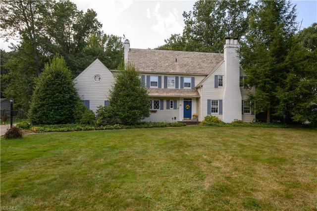 86 N Revere Rd, Fairlawn, 44333, OH - Photo 1 of 34