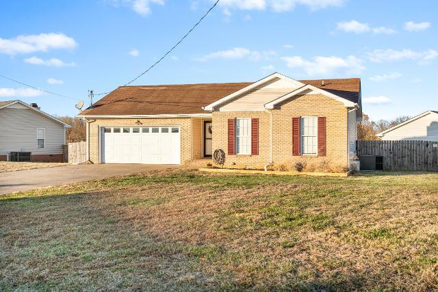 429 Sandburg Dr, Clarksville, 37042, TN - Photo 1 of 9