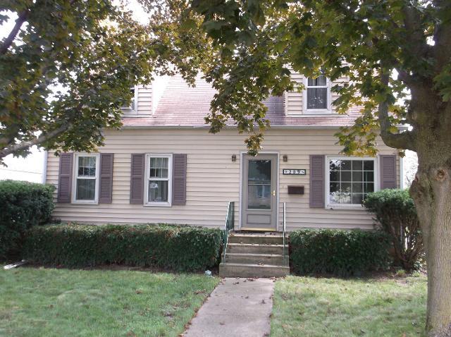 209 Homer, Princeton, 61356, IL - Photo 1 of 34