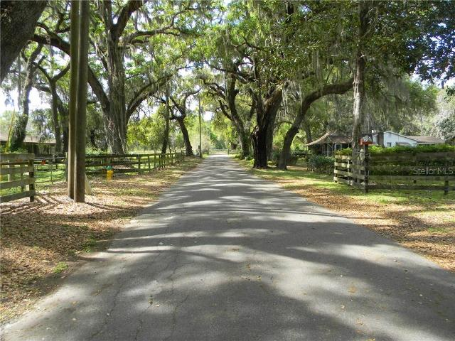 386W Jefferson, Center Hill, 33514, FL - Photo 1 of 7