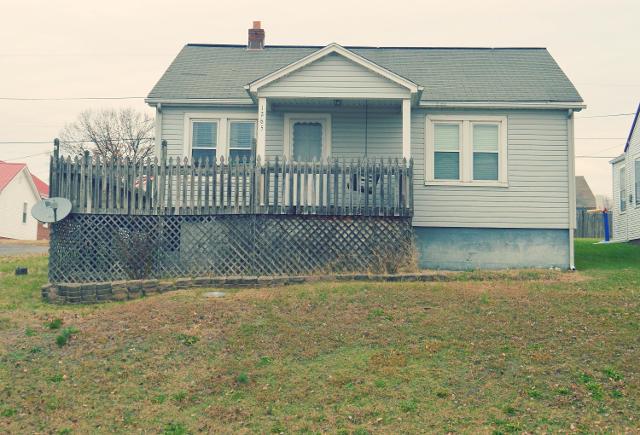 1265 E Sullivan Ct, Kingsport, 37664, TN - Photo 1 of 18