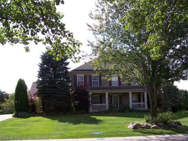 33 Oakbridge Dr, Rochester, 48306, MI - Photo 1 of 30