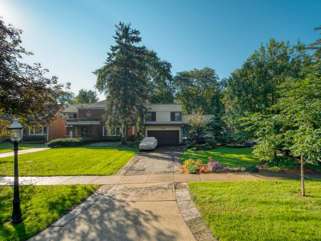 465 Uvedale Rd, Riverside, 60546, IL - Photo 1 of 24
