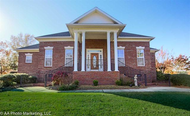 31 Oak, Hawkinsville, 31036, GA - Photo 1 of 33