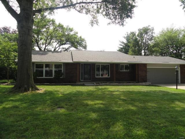 1104 Reddish, Jerseyville, 62052, IL - Photo 1 of 17