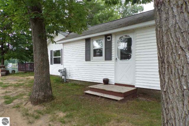 1719 Arbor, Lake George, 48633, MI - Photo 1 of 26