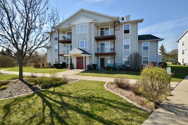 126 Ida Red Ave NW Unit 301, Sparta, 49345, MI - Photo 1 of 16