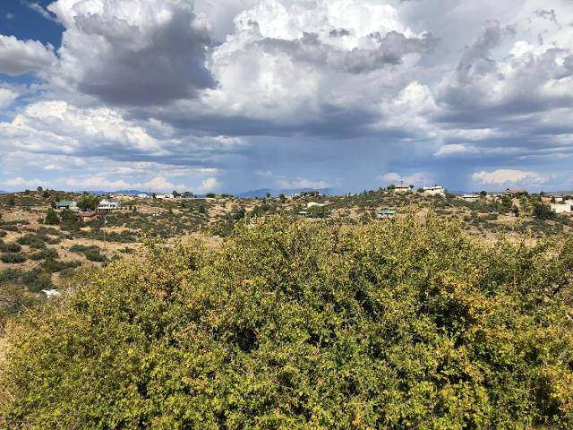 18244 S Spoon Rd, Peeples Valley, 86332, AZ - Photo 1 of 8