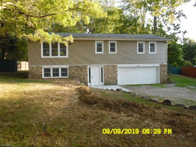 1652 Hibbard, Stow, 44224, OH - Photo 1 of 20