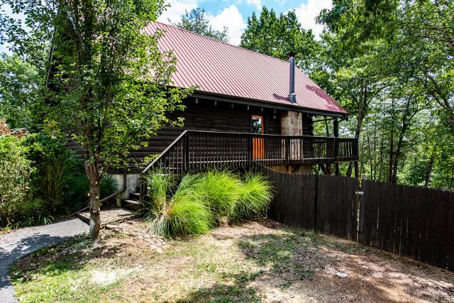 713 Gold Dust, Pigeon Forge, 37863, TN - Photo 1 of 21