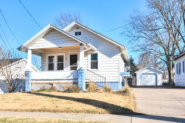 1316 S Oak St, Bloomington, 61701, IL - Photo 1 of 13