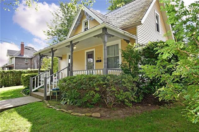 923 Avenue, Massillon, 44646, OH - Photo 1 of 31