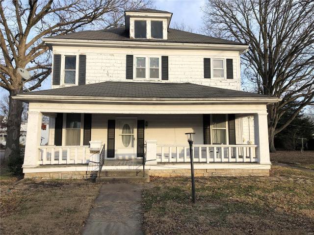 304 Washington St S, Trenton, 62293, IL - Photo 1 of 2