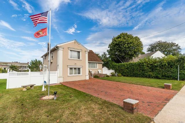 3555 Bayfield, Oceanside, 11572, NY - Photo 1 of 20