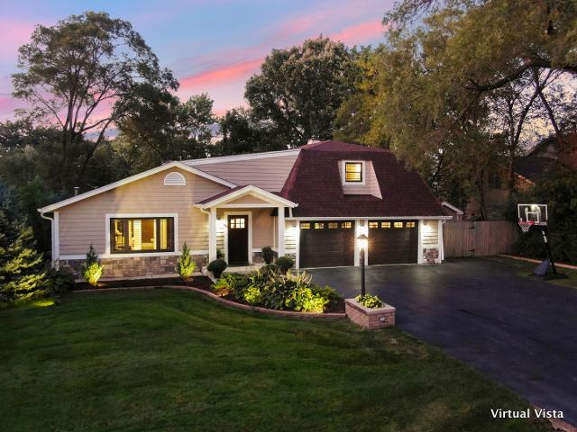 17W364 Red Oak, Addison, 60101, IL - Photo 1 of 34