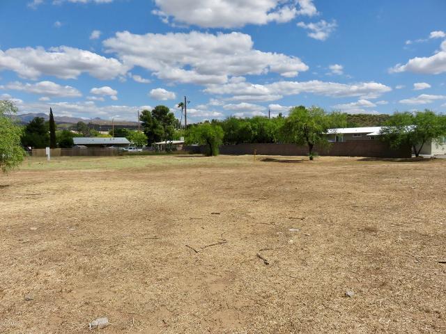 34443 Golden, Black Canyon City, 85324, AZ - Photo 1 of 7