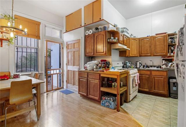 181 Montrose Ave Unit TH, Brooklyn, 11206, NY - Photo 1 of 12