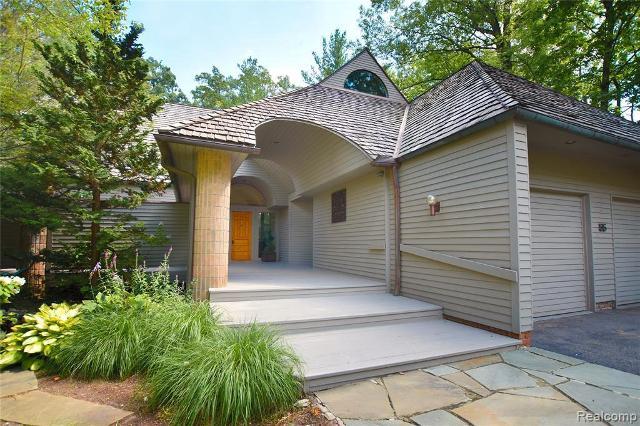 55 Scenic Oaks, Bloomfield Hills, 48304, MI - Photo 1 of 36