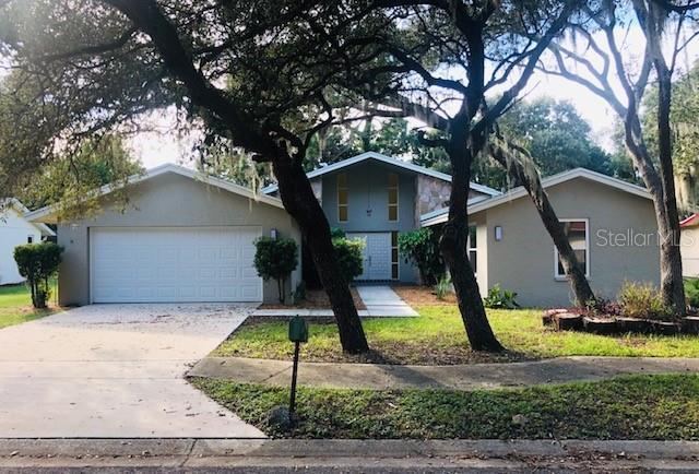 425 Wayfarer, Tarpon Springs, 34689, FL - Photo 1 of 24