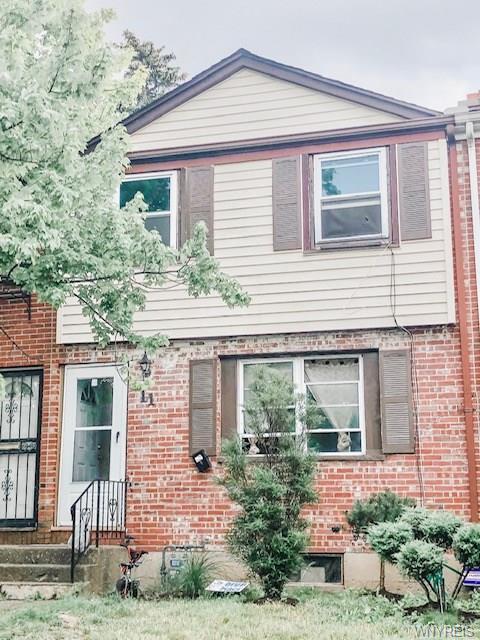 11 Bennett Village Ter, Buffalo, 14214, NY - Photo 1 of 9