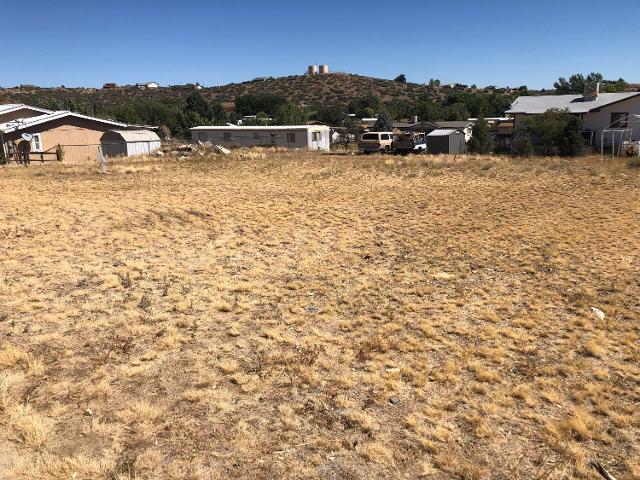 18401 Frontier, Peeples Valley, 86332, AZ - Photo 1 of 4