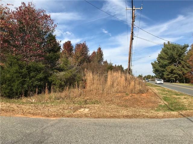 476 Everidge Rd, Winston Salem, 27103, NC - Photo 1 of 5