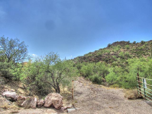 156 Piedra Negra, Queen Valley, 85118, AZ - Photo 1 of 9