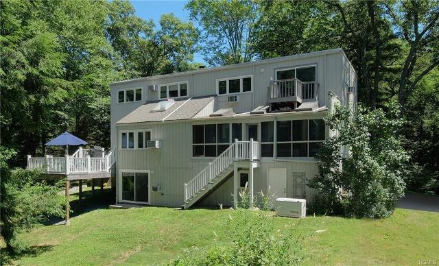 55 Crow Hill, Mount Kisco, 10549, NY - Photo 1 of 36