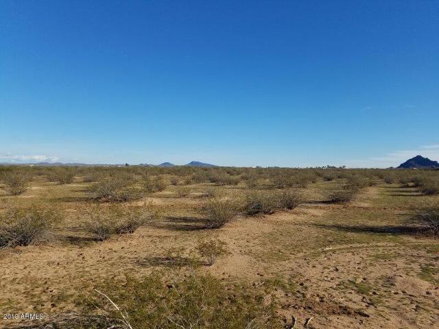0000 W Long Rifle Rd, Aguila, 85320, AZ - Photo 1 of 18
