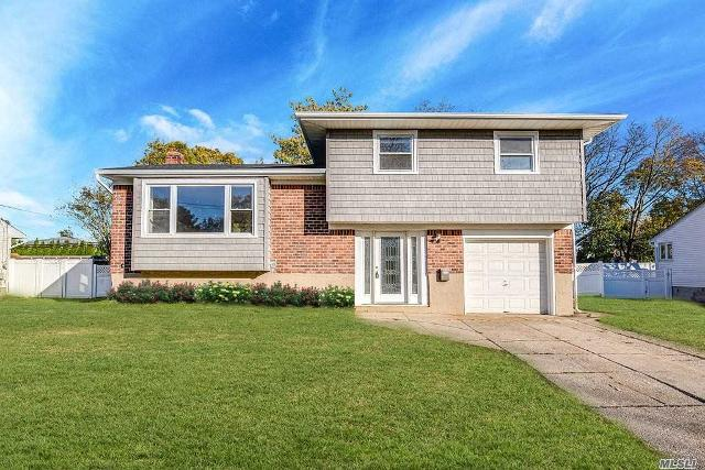 368 Town Line Rd, Commack, 11725, NY - Photo 1 of 20