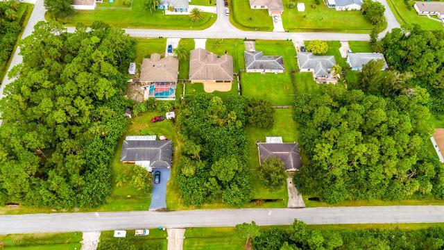 778 Darby, Palm Bay, 32908, FL - Photo 1 of 12
