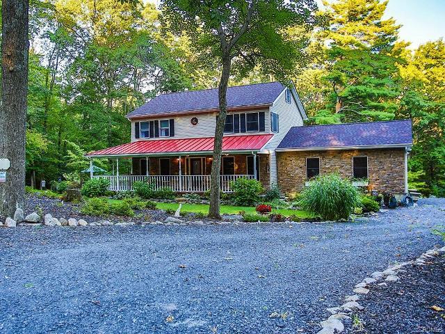 383 Cox, Pine Bush, 12566, NY - Photo 1 of 37