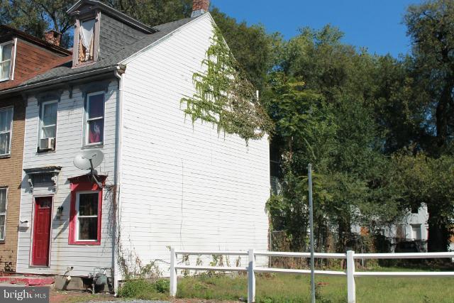 315 Hummel, Harrisburg, 17104, PA - Photo 1 of 3
