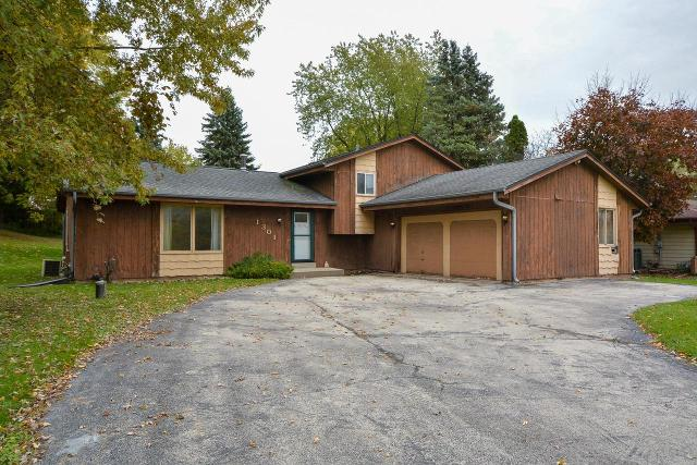 1301 Meadowlane Ave, Mount Pleasant, 53406, WI - Photo 1 of 33