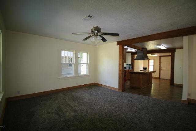 315 Oak, Joplin, 64801, MO - Photo 1 of 9