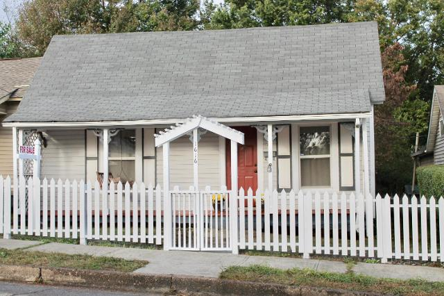 1616 Cornelia, Knoxville, 37917, TN - Photo 1 of 31