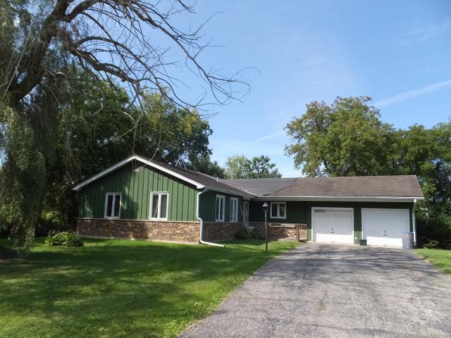 4013 Mccabe, Crystal Lake, 60014, IL - Photo 1 of 3