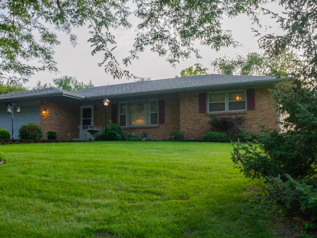 5639 Colleen Ave, Rockford, 61109, IL - Photo 1 of 33