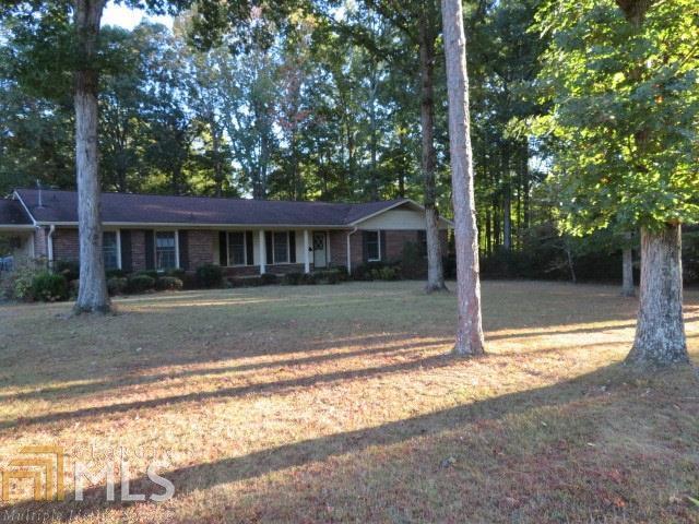 1322 Deer Ln, Elberton, 30635, GA - Photo 1 of 18