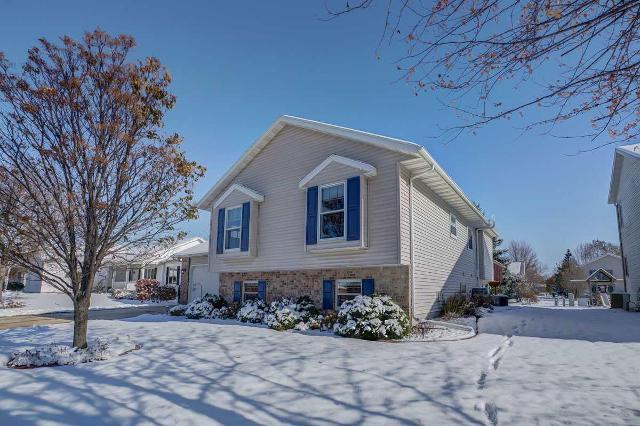 1123 N Thompson Rd, Sun Prairie, 53590, WI - Photo 1 of 33