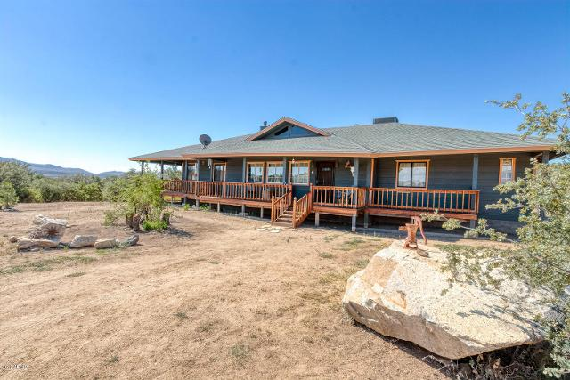 18105 Pioneer, Peeples Valley, 86332, AZ - Photo 1 of 71