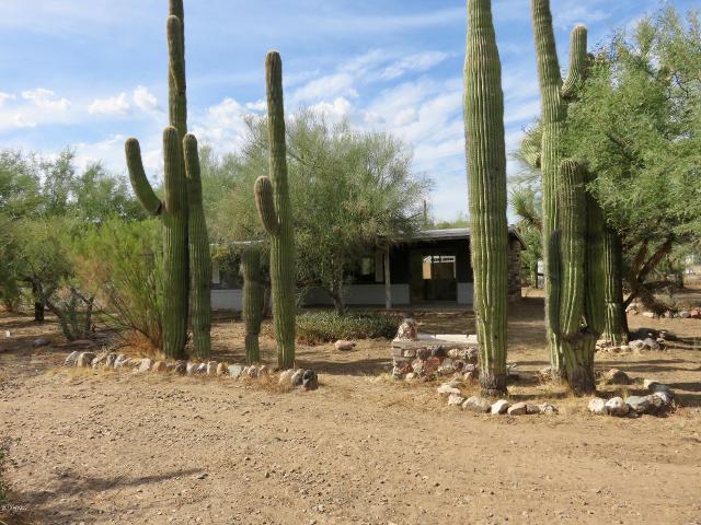 32970 Nasty Basin, Black Canyon City, 85324, AZ - Photo 1 of 17