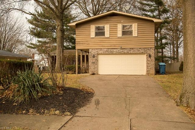 844 Red Hill Dr, Lorain, 44053, OH - Photo 1 of 33