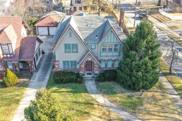 7245 Ward Pkwy, Kansas City, 64114, MO - Photo 1 of 52