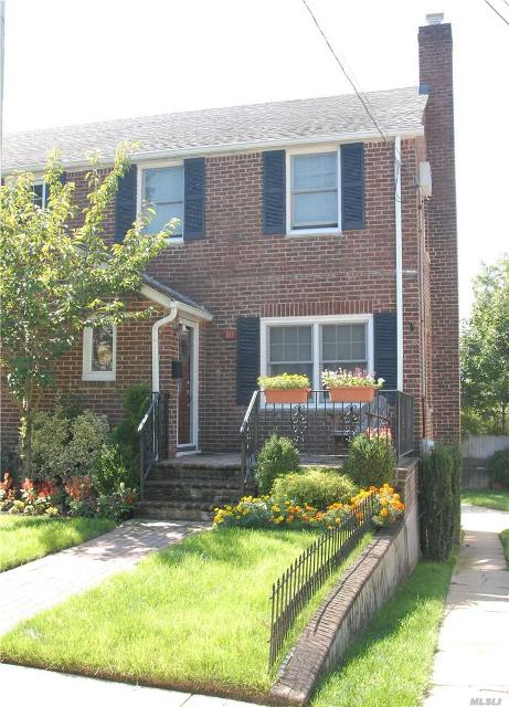 10 Pansy Ave, Floral Park, 11001, NY - Photo 1 of 13