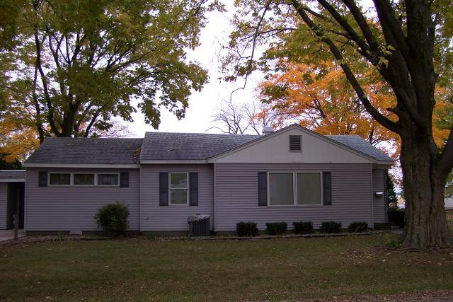 619 W Bond St, Monticello, 61856, IL - Photo 1 of 9