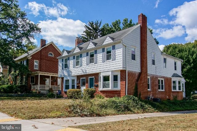 239 E Irvin Ave, Hagerstown, 21742, MD - Photo 1 of 23
